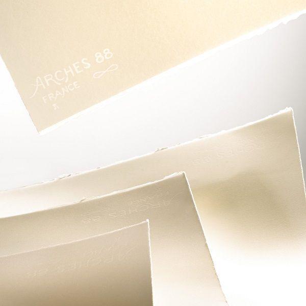 RAME 50 FEUILLES ARCHES 88 76.2 X 106.7 350 G BLANC